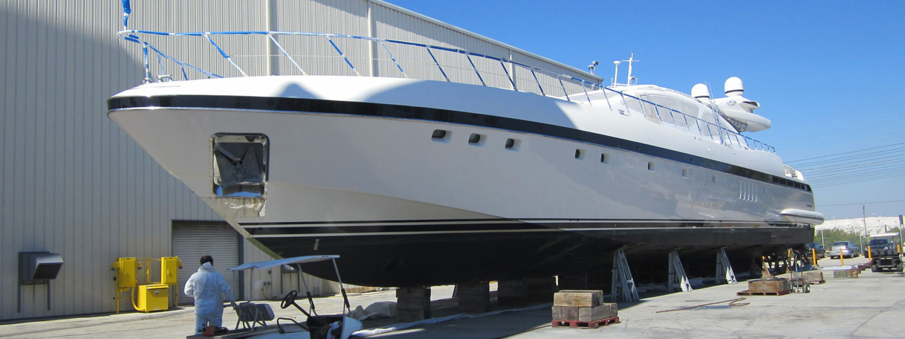 Joe V's Yacht Refinishing